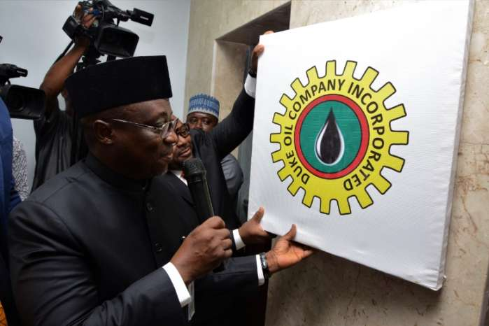 15 oil firms to lift Nigeria's crude, deliver 14 billion litres of products